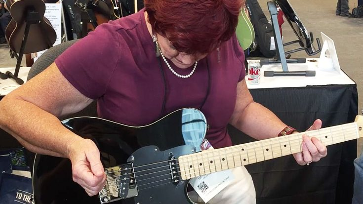 What This Lady Can Do With A Guitar Puts Other Guitarists To Utter Shame | Society Of Rock Videos