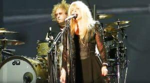 """Stevie Nicks Covers Led Zeppelin's """"Rock N' Roll"""""""