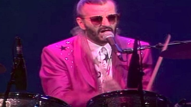 """It's A Party When Ringo Starr Brings The Rock World's Best And Brightest Onstage To Cover """"The Weight""""   Society Of Rock Videos"""