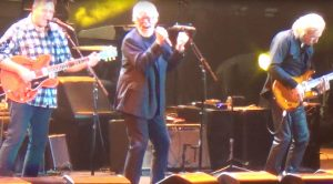 """Surprise! Bob Seger Joins Eagles Onstage At Classic West, Takes Fans To Church With """"Heartache Tonight"""""""