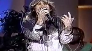 Steven Tyler Just Took Us To Church With This Divine Cover Of 'Amazing Grace'- He Can Sing ANYTHING!