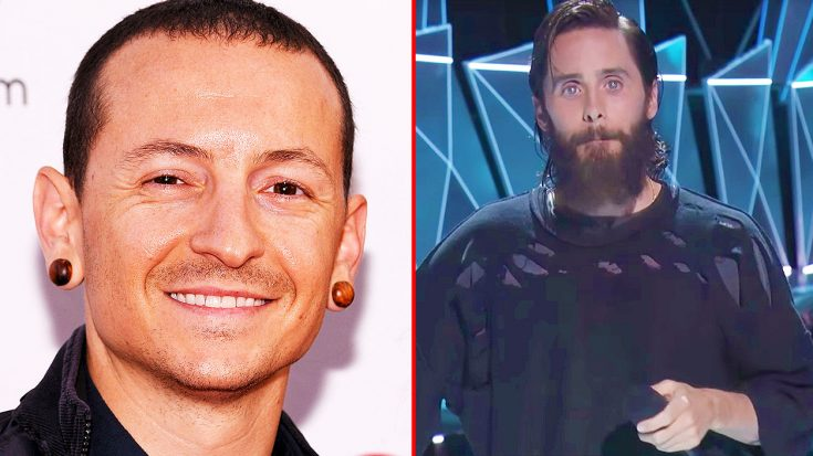 Emotions Run High As Jared Leto & MTV Pay Tribute To Chester Bennington During The VMA's | Society Of Rock Videos