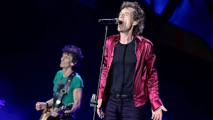 "At This Record Breaking Concert, The Rolling Stones Play ""Brown Sugar"" And This Crowd Is Loving It 