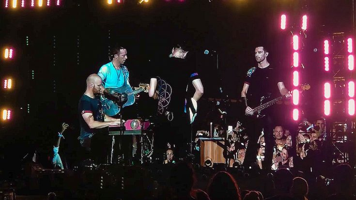 Coldplay Played This Song For Houston Last Night – By The End, No One Could Hold Back The Tears