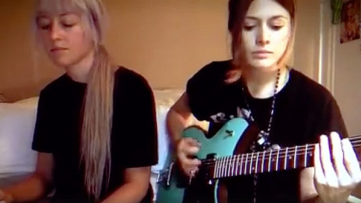 "Using Only A Lap Steel And A Guitar, These Lovely Young Ladies Take ""Whole Lotta Love"" To The Next Level 