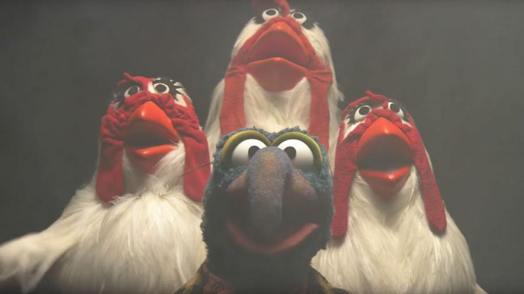 """We Dare You To Watch The Muppets' Delightfully Fun """"Bohemian Rhapsody"""" Cover Without Cracking A Smile 