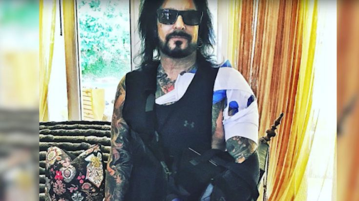 Mötley Crüe's Nikki Sixx Shows Off Shoulder Surgery In Operating Room Video | Society Of Rock Videos