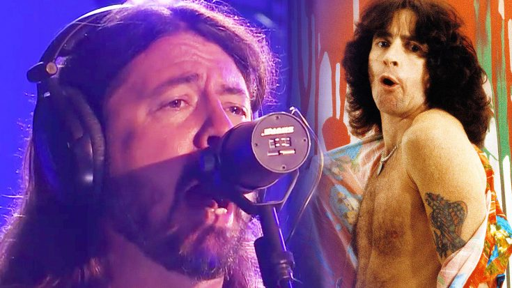 Dave Grohl Channels Bon Scott's Iconic Vocals In The Foo Fighters' Kickass 'Let There Be Rock' Cover | Society Of Rock Videos