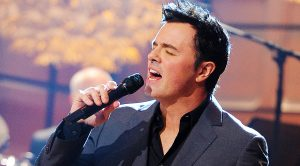 Did You Know Family Guy Creator Seth MacFarlane Can Sing? Well, He Can, & His Voice Is Actually Incredible!