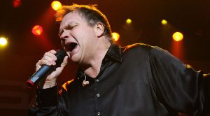 There's One Thing That Meat Loaf Always Has On Him When Singing And He's Never Done A Show Without It