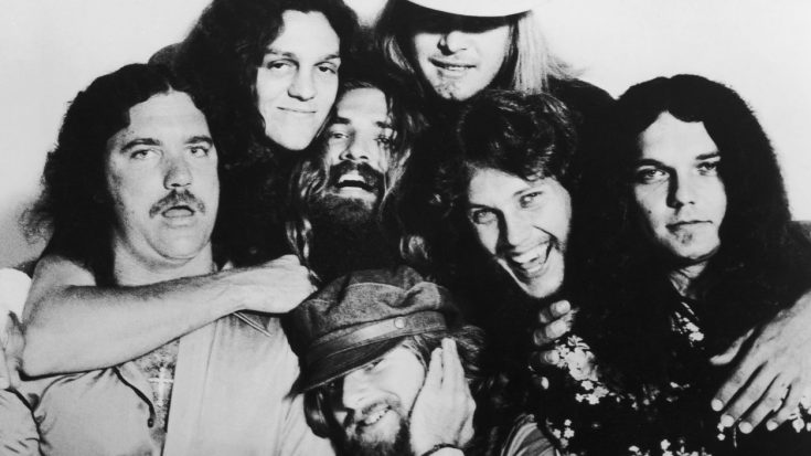 Skynyrd's Celebration For Breaking Into Billboard's Top 10 Was Nothing Short Of Absolutely Brilliant   Society Of Rock Videos
