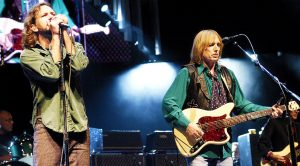 "Tom Petty Invites Eddie Vedder On Stage To Sing Duet of ""The Waiting,"" & It's Just Too Damn Amazing!"