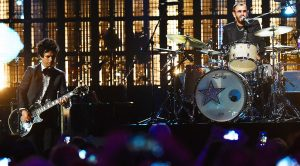 Ringo Starr Crashes Green Day's Concert For High-Octane Performance of The Beatles' Classic Hit 'Boys'!
