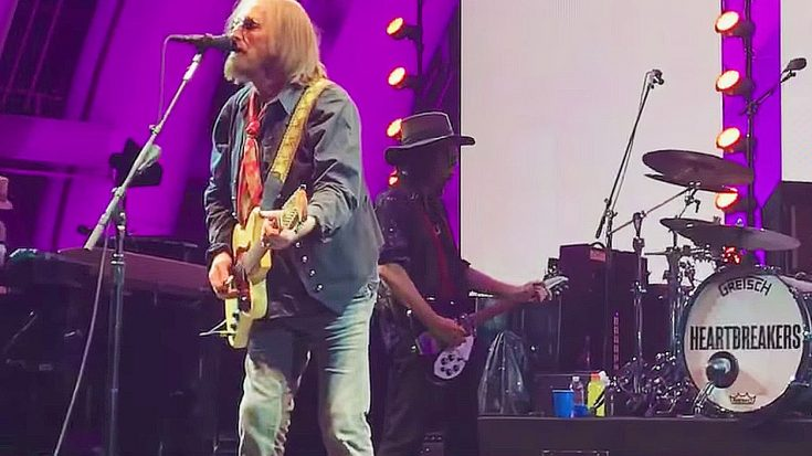 Twitter Is Absolutely Raving About Tom Petty's Legacy Defining Final Concert | Society Of Rock Videos