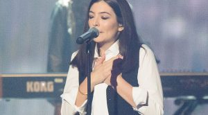Lorde's Tender Brit Awards Tribute To David Bowie Does What Every Other Tribute Couldn't