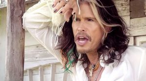 Steven Tyler's Ultimate Country Love Song Is Perfect For Valentine's Day Lovin'