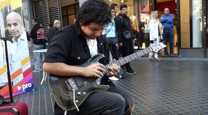 """This Kid Shreds Through """"Sultans of Swing"""" Like You've Never Seen Before – Wow!"""