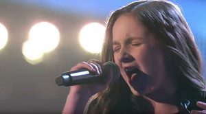 "Young Girl Crushes The Competition On 'The Voice' With Soaring Performance Of ""Dream On"""
