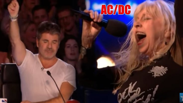 68 Year Old Gets Whole Crowd Singing AC/DC- Even Simon Rocks Out | Society Of Rock Videos