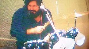 """John Bonham's """"Fool In the Rain"""" Drum Track Is Actually Better Than The Song Itself, And This Audio Proves It"""