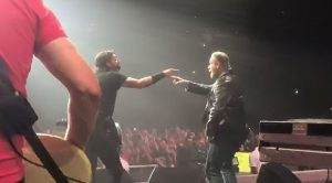 Things Got Wild When John Travolta Crashed This Rock Concert And Danced His Way To The Stage