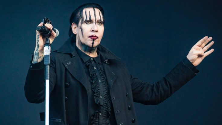 Marilyn Manson Stops Show Early After Collapsing On Stage | Society Of Rock Videos