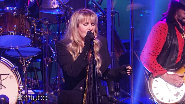 Fleetwood Mac Just Brought The House Down On 'The Ellen DeGeneres Show' With Brand New Lineup Debut | Society Of Rock Videos