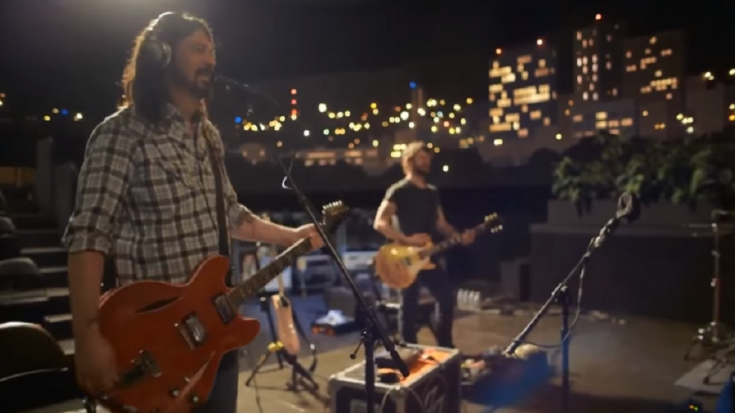 Dave Grohl Played Some Classic Nirvana In This Video | Society Of Rock Videos