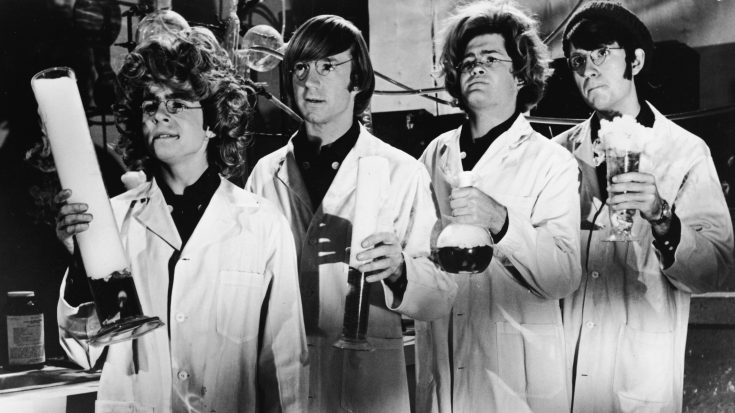 Science Just Ranked The 10 Most Uplifting Songs EVER – We Totally Agree With Number 1 | Society Of Rock Videos