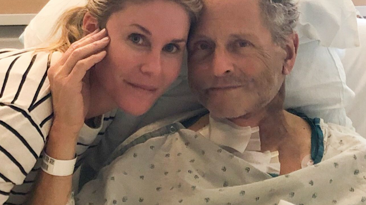 Lindsey Buckingham Undergoes Emergency Open Heart Surgery | Society Of Rock Videos