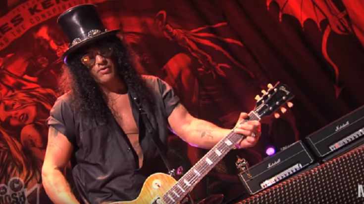 The Time Guns N' Roses' Slash Saw The Most Awkward Thing Ever | Society Of Rock Videos