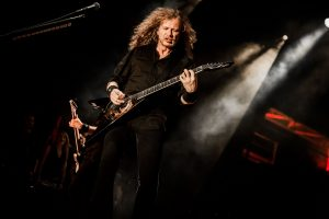 Dave Mustaine Channels Jimi Hendrix In Live Performance
