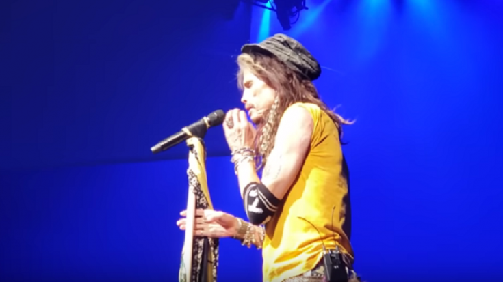 Watch Steven Tyler React To Bad Behavior At Aerosmith's Show