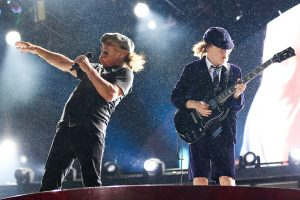 """How AC/DC Wrote """"Back In Black"""""""