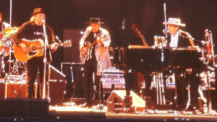 Neil Young And Bob Dylan Duet Again After 25 Years – Watch! | Society Of Rock Videos