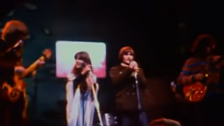 "Watch The Timeless Performance Of ""Somebody to Love"" By  Jefferson Airplane 