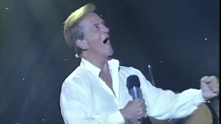 "Pat Boone Performs ""Smoke On The Water"" – Got Me Scratching My Head"