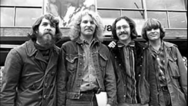 """How """"Proud Mary"""" By CCR Became A Major Hit In 1969"""