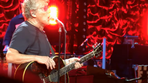 Roger Daltrey Loses Voice And Cuts Houston Show