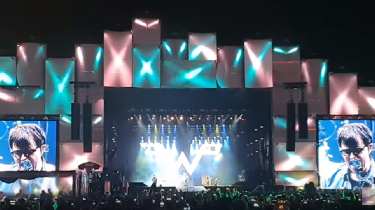 Dave Grohl Sheds A Tear As Weezer Covers Nirvana | Society Of Rock Videos