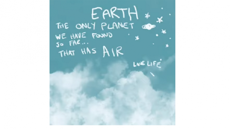 """Neil Young Releases Instrumental Track """"Love Letter"""" To Earth 