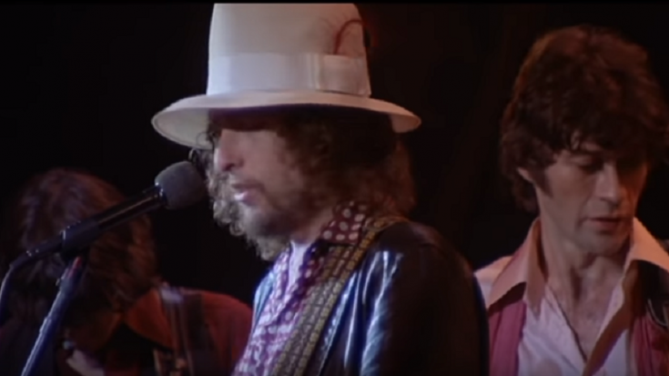 The Tour Story Of How Bob Dylan And Robbie Robertson Formed Their Brotherhood