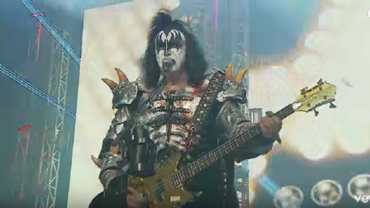 Kiss Tour 2020.Kiss Unveiled 75 New Dates For 2020 End Of The World Tour