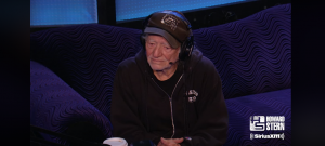 Willie Nelson Shares His Songwriting Secret In The Howard Stern Show