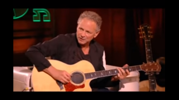 Watch Lindsay Buckingham Discuss His Guitar Playing Style | Society Of Rock Videos