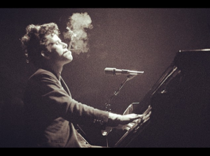 Listen To All Of Tom Waits' Music In 24 Hour Playlist