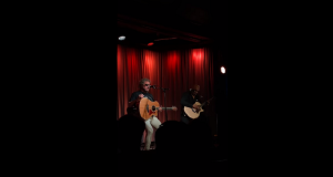 Sammy Hagar Performs Acoustic Classics In Grammy Museum