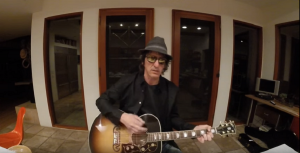 "Izzy Stradlin ""Just Didn't Want To"" Join The GNR Reunion"