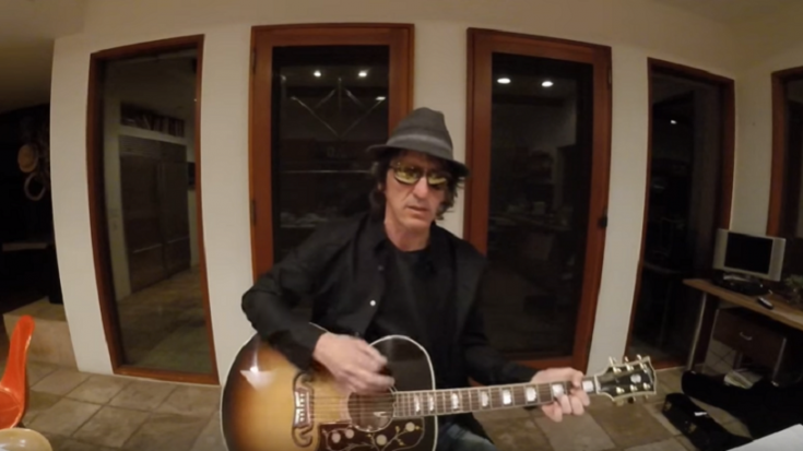 "Izzy Stradlin ""Just Didn't Want To"" Join The GNR Reunion 