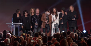 Joey Kramer Accepts Award With Band But Didn't Perform With Them